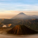 landscape-of-mount-bromo-on-the-island-of-java-indonesia_800