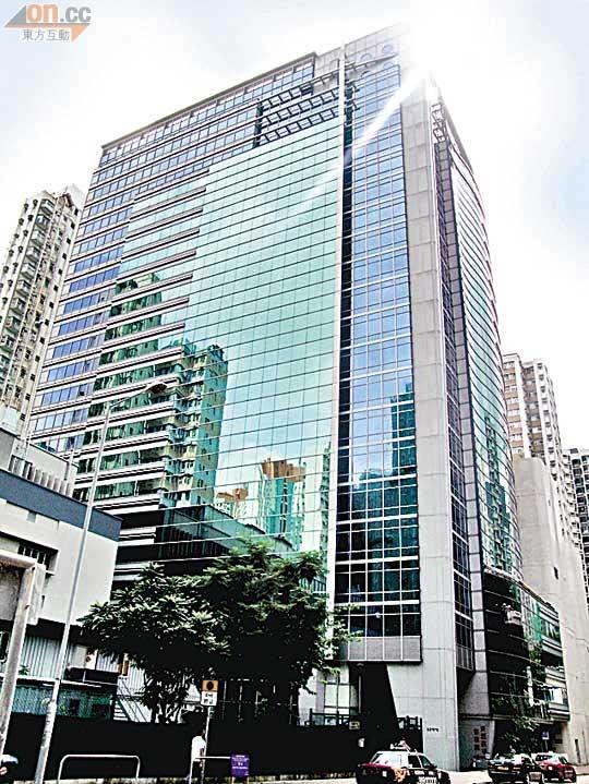 東滙廣場四層獲1.9億洽 - 東方日報