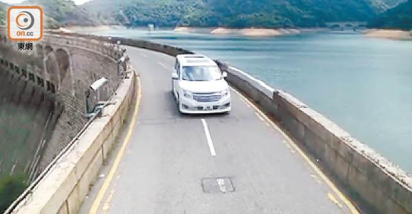 大潭道水壩交通燈 周末啟用 - 東方日報