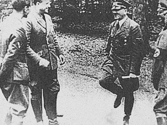 """Famous """"dancing Hitler"""" photo taken the day of France' capitulation, June 1940"""