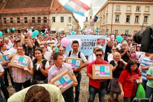 Croatians demanding referendum to constitutionally define marriage as a union between a woman and a man, June 2013.