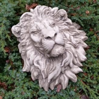 Löwenkopf wandhängend