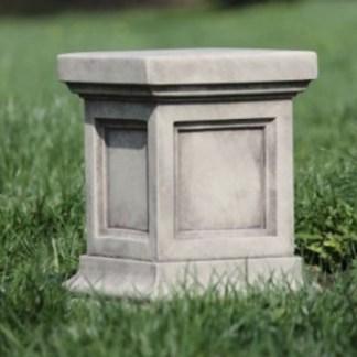 Sockel / Podeste / Säulen / Konsolen