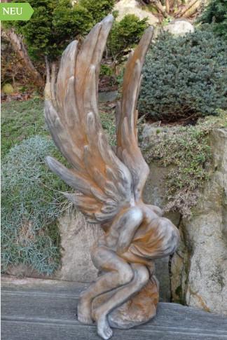 Engel Athene Rostoptik3 - Engel Athene Rostoptik aus Steinguss
