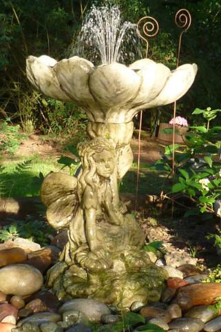 Brunnen Himmelsbote2
