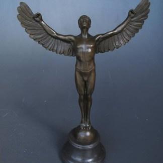 Bronze Figur Engel - zum Himmel blickend