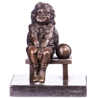 """Bronze Figur Junge auf Bank mit Ball 15cm - Bronze Figur """"Junge auf Bank"""" mit Ball 15cm"""