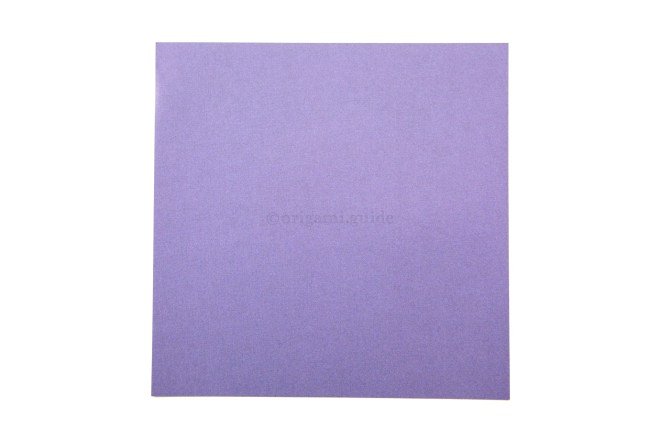 1. This is the front of the paper, our box will have this color on the bottom part.