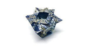 """Traditional Chinese Vase """"An Origami Vase that Anyone can Make!"""" origamiexpressions.com"""