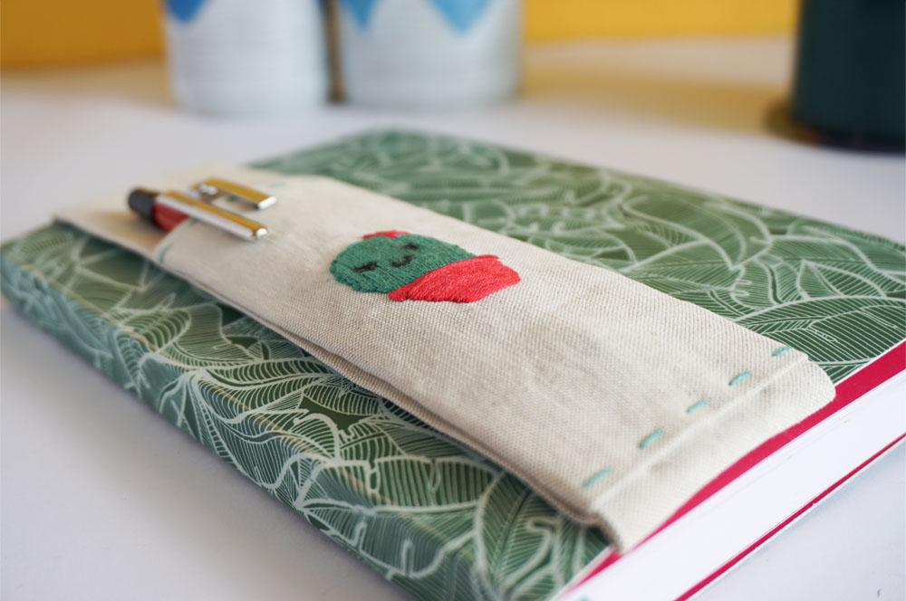 DIY Piórnik z gumką zakładany na notes, gumka na przybory