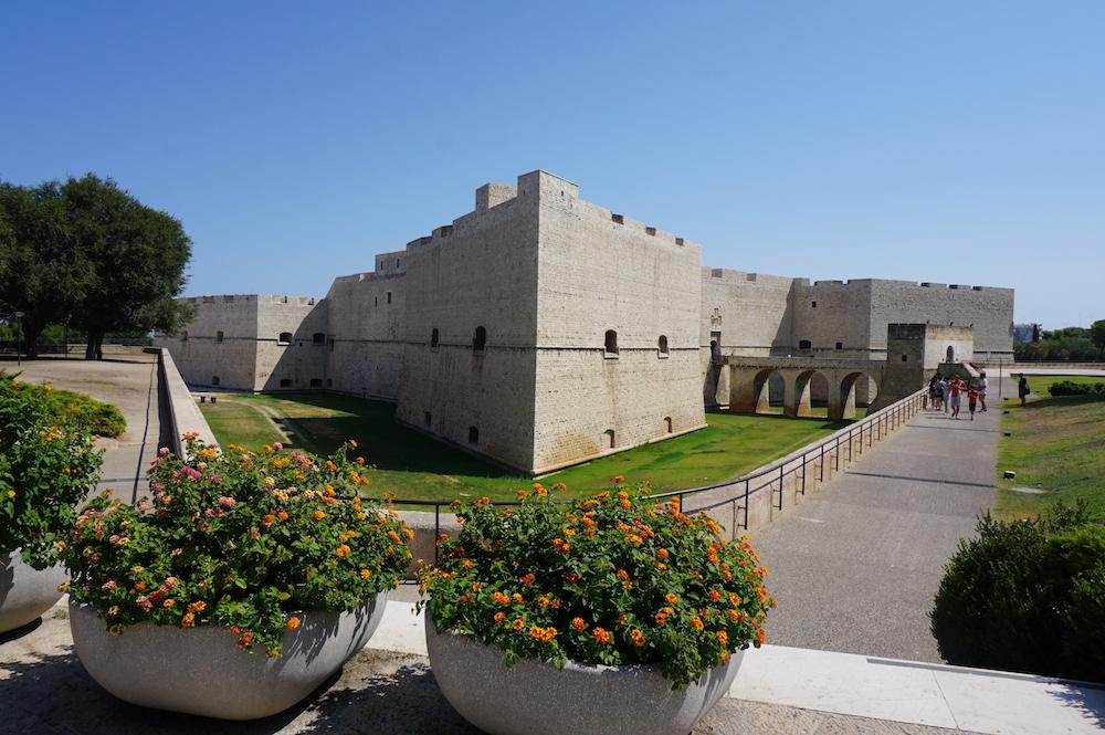 Zwiedzanie Apulii - Castello Svevo - Barletta