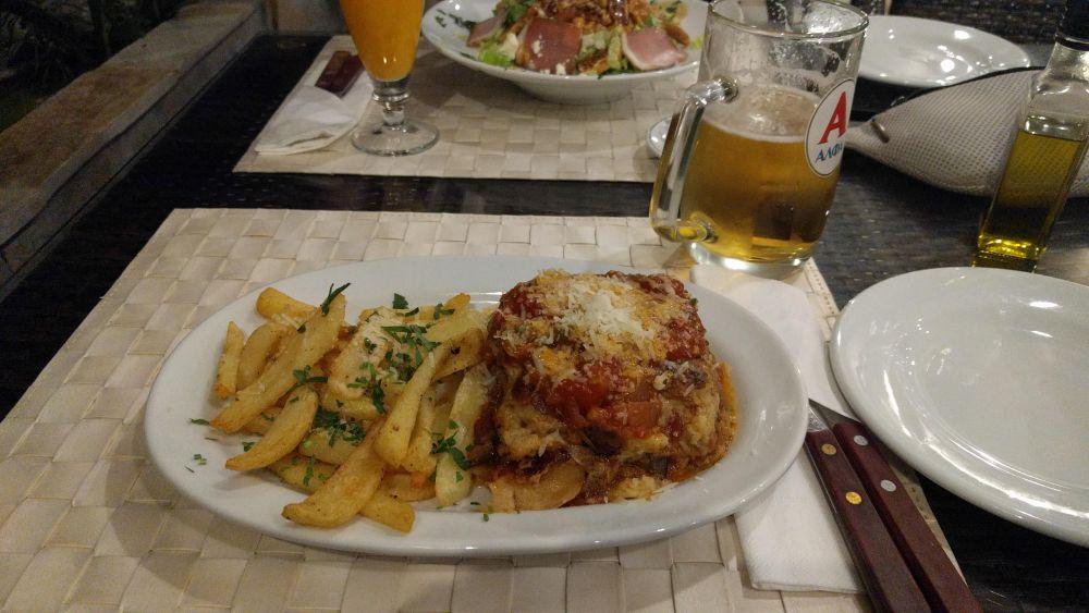 Korfu 2018 - jedzenie na Korfu kuchnia grecka Musaka