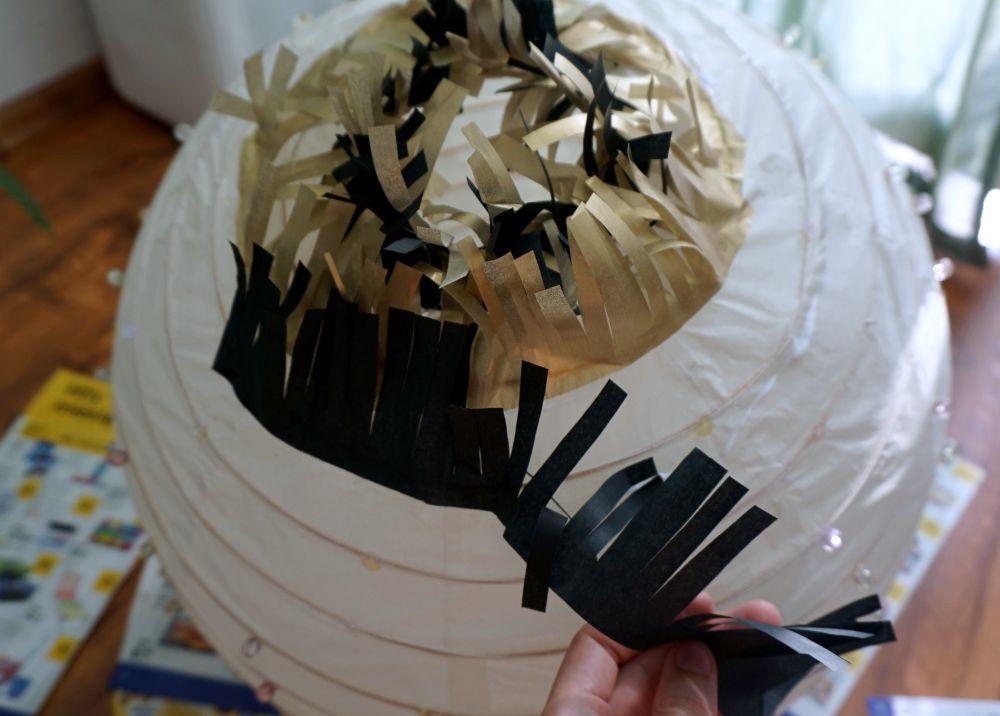 DIY Zrób to sam Papierowa lampa z frędzlami w stylu lat 20