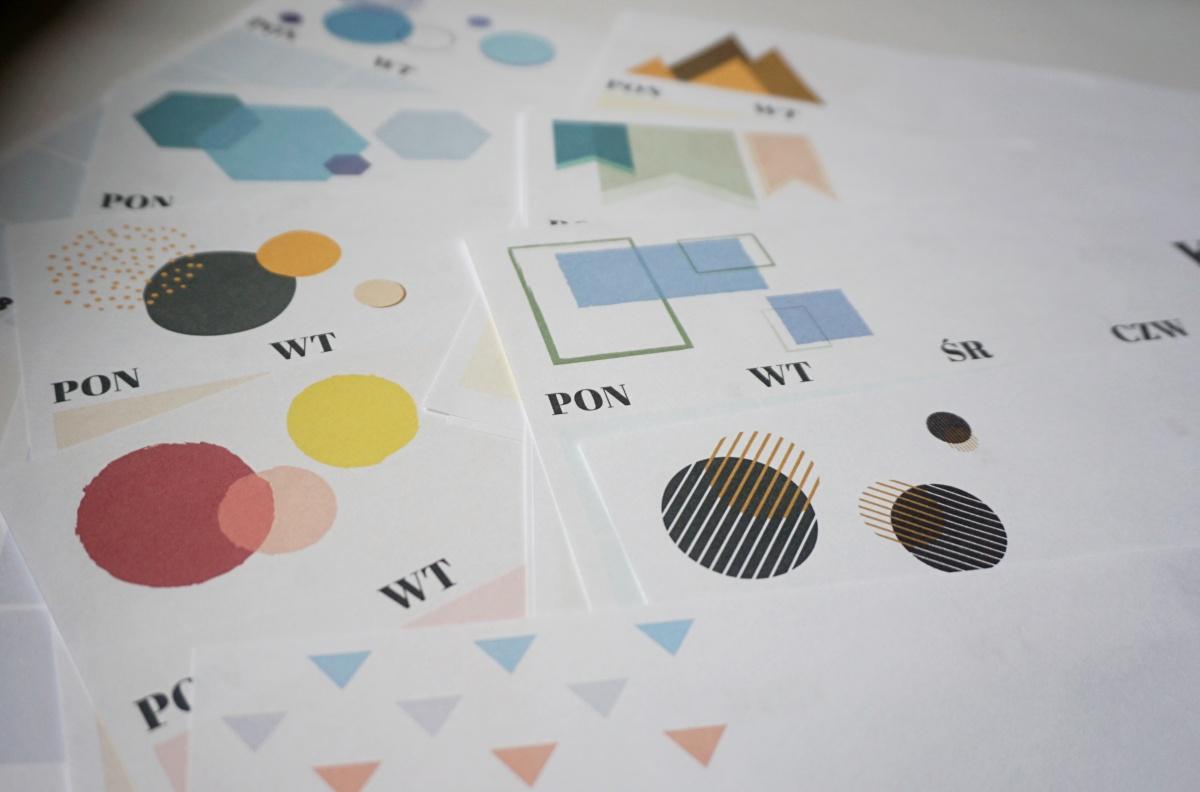Kalendarz 2019 do druku z geometrycznymi wzorami