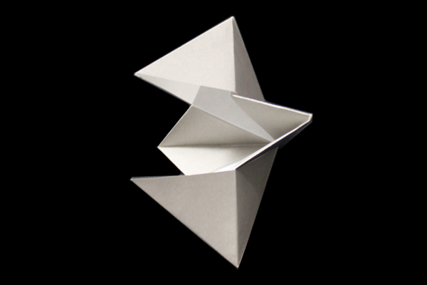 Crow's Beak   Easy moving origami instructions and diagram
