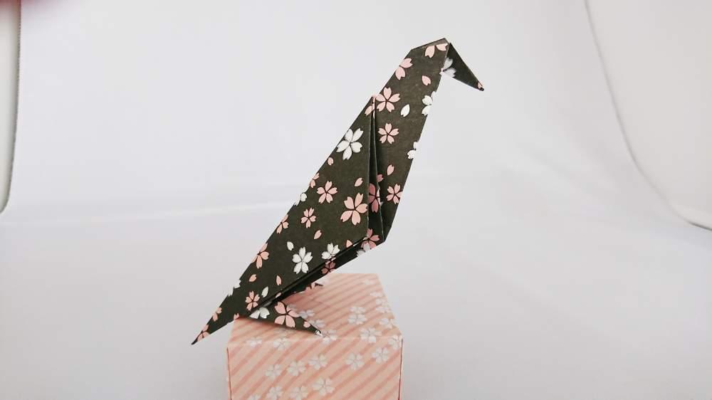 『カラス』の折り紙 折り方《鳥シリーズ》