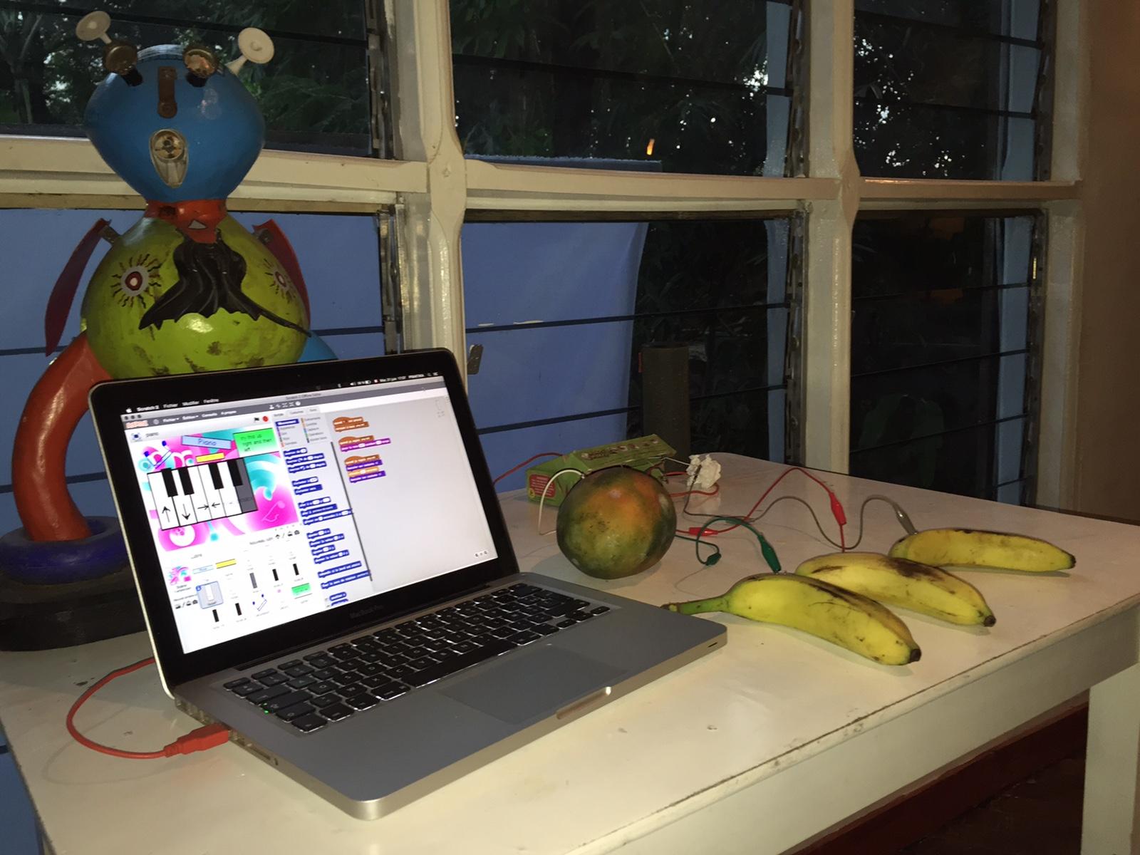 Atelier de Musique Electronique au Bushman Café  pour la fête de la Musique