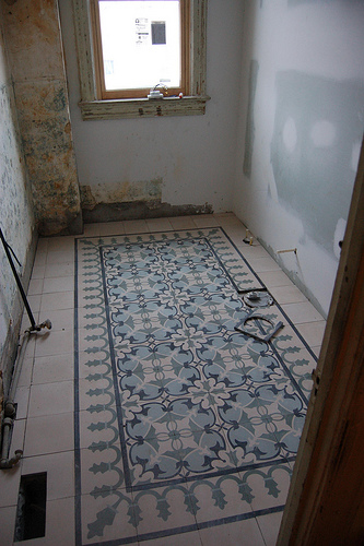 CEMENT-TILE-INSTALLATION-02