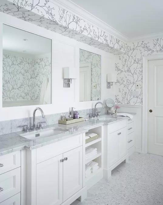 10 Gorgeous Way to Use White Marble Tile For Bathroom