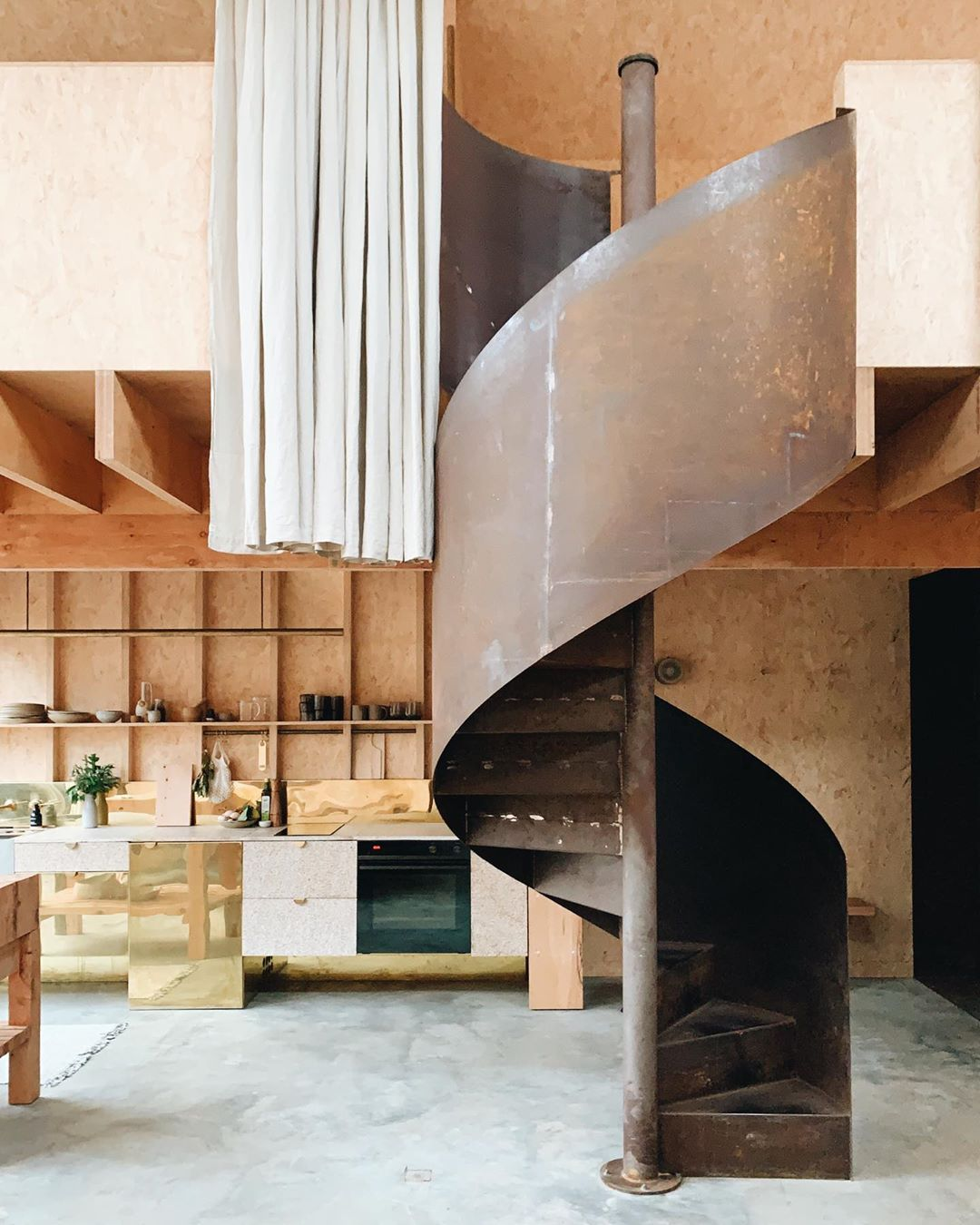 Wilsons_prom_accommodation_ross_farm_kitchen_staircase