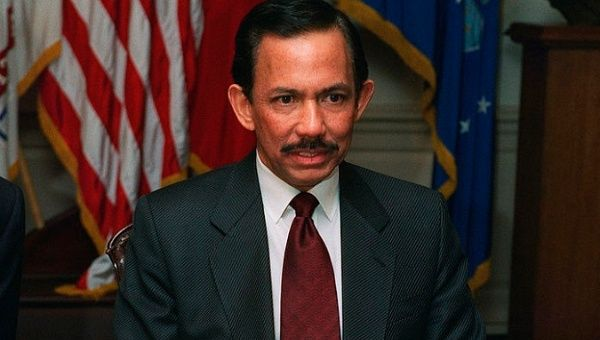 Brunei to Stone Those Convicted of Homosexual Sex to Death