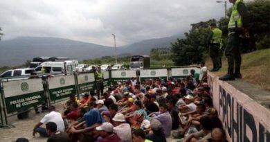 Colombia Deporting 300 Venezuelan Deserters (Soon in Venezuelan Authorities' Hands)