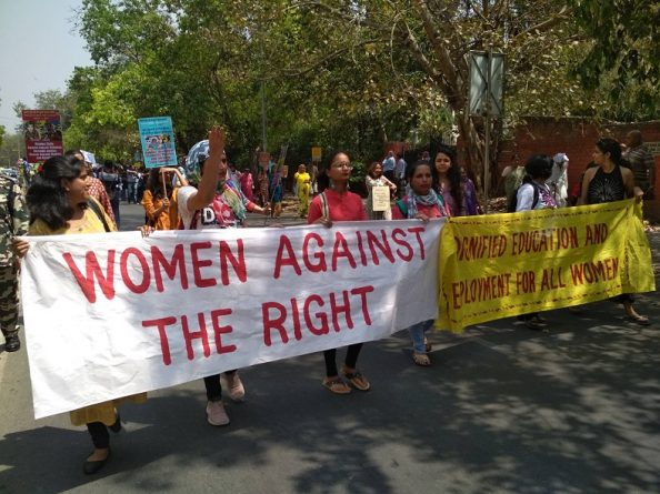 women_march_in_india_3