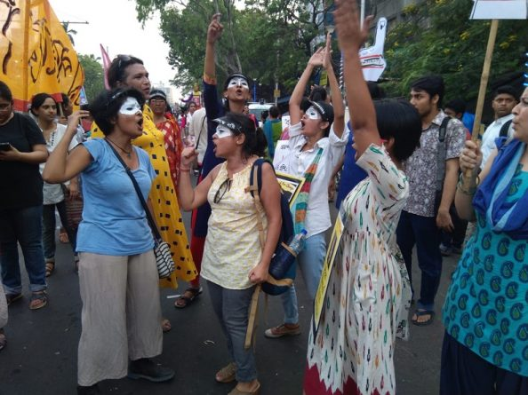 women_march_in_india_5