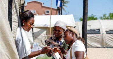 Cuban Doctors Praised for Their Work in Post-Cyclone Mozambique