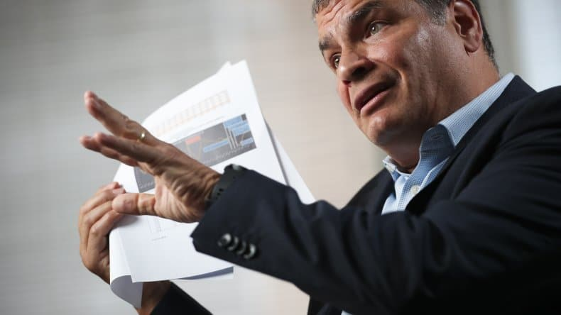 Ecuador: Correa Challenges Lenin Moreno to Early Elections and Rejects Coup Plotting Allegations