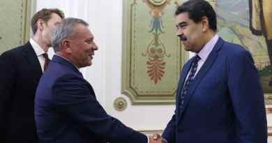 Maduro Meets with Russian Deputy Prime Minister Yuri Borisov (Images)