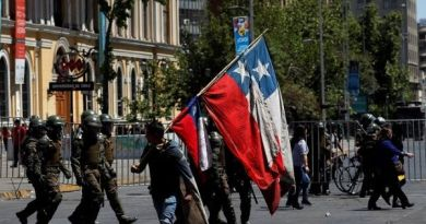 Chileans Call for New Protests Even as Pinera Changes Ministers
