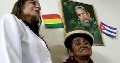 Cuban Doctors who Provided Health Services in Bolivia are Returning to Cuba