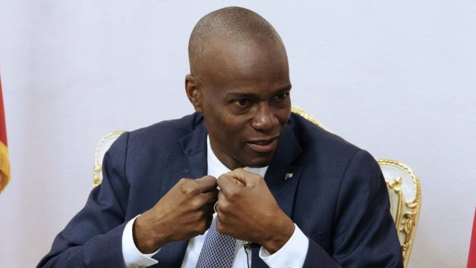 Haiti: Loud & Clear Interviews Kim Ives about Jovenel Moïse Ruling by Decree and the Haitian People's Continuing Uprising