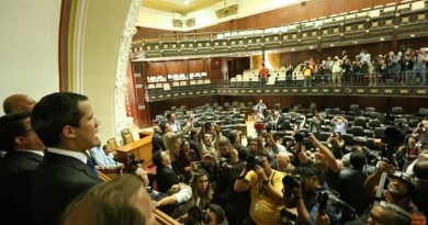 Venezuela: Guaido Installs Parallel Parliament After Washington Threatens More Sanctions (on Tuesday)