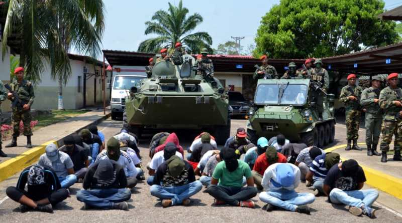 37 Los Rastrojos Paramilitaries Captured and 650 Kilograms of Explosives Seized