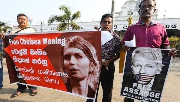 Anti-War Activist Chelsea Manning Attempted Suicide in Prison