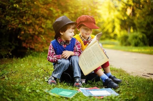 7 Easy parent tips for creating lifelong readers