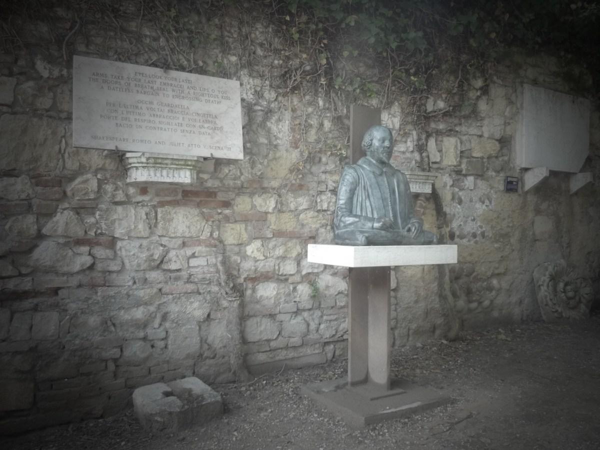 Statua Shakespeare Verona