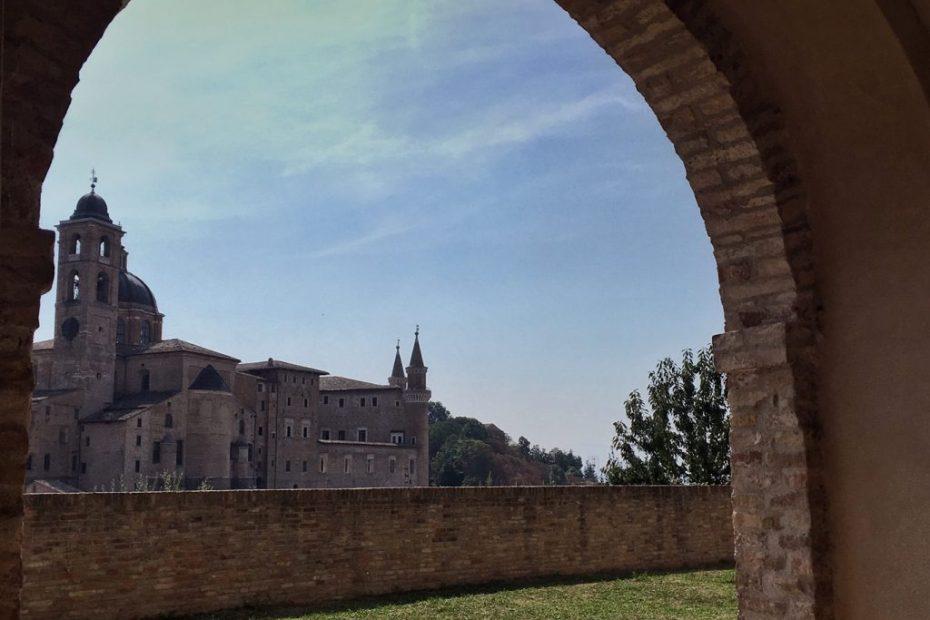 Visitare Urbino breve guida per un itinerario di 1 giorno, Orizzonte Cultura