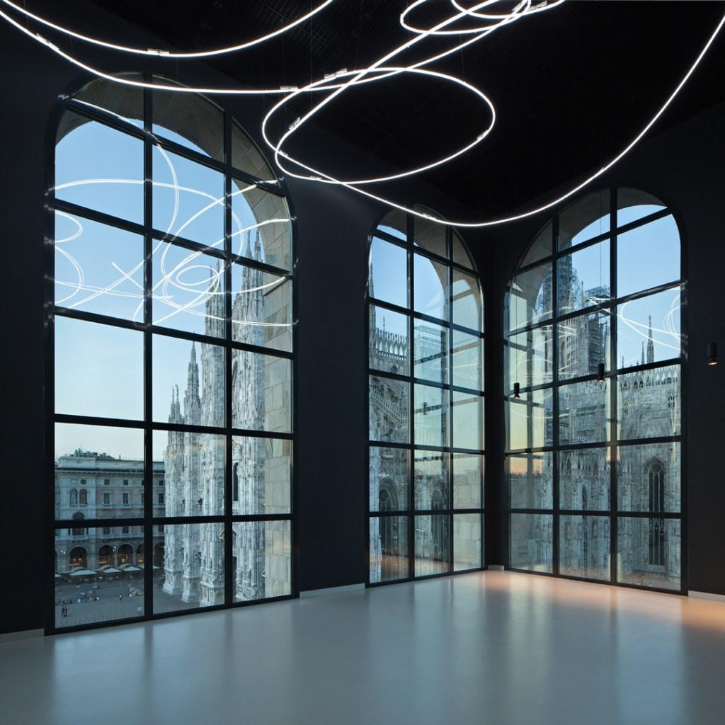 Lucio Fontana, Struttura al Neon per la IX Triennale di Milano, 1951