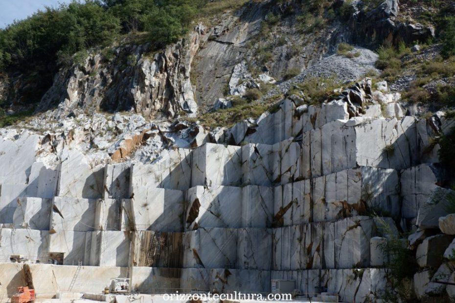 Carrara visita alle cave di Michelangelo
