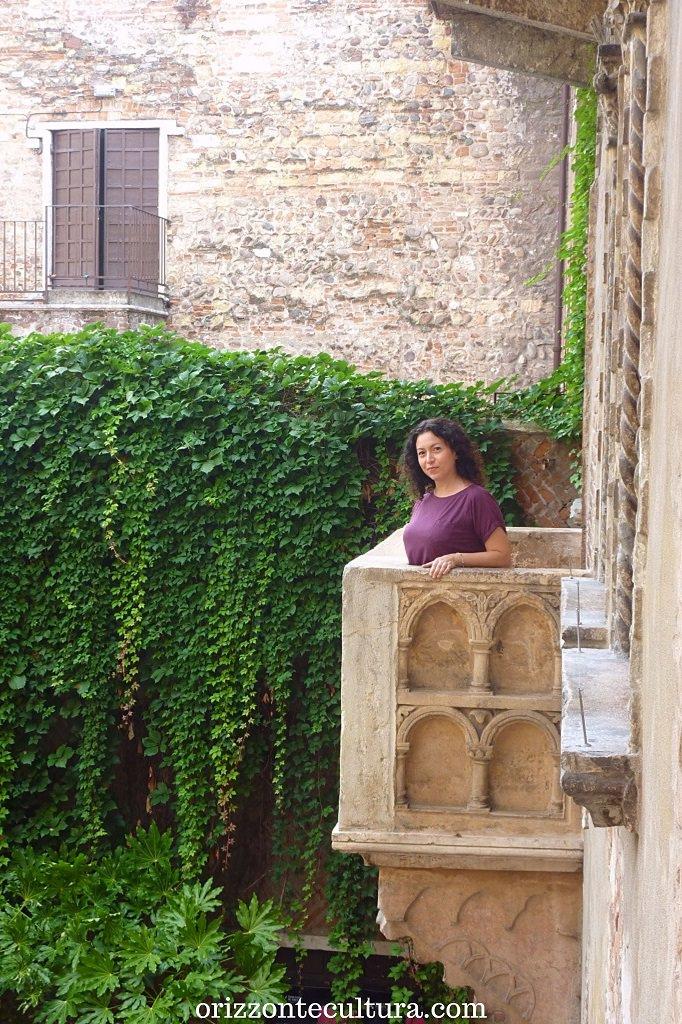 Affaccio dal balcone di Giulietta a Verona, 15 siti Unesco da visitare Italia una volta nella vita