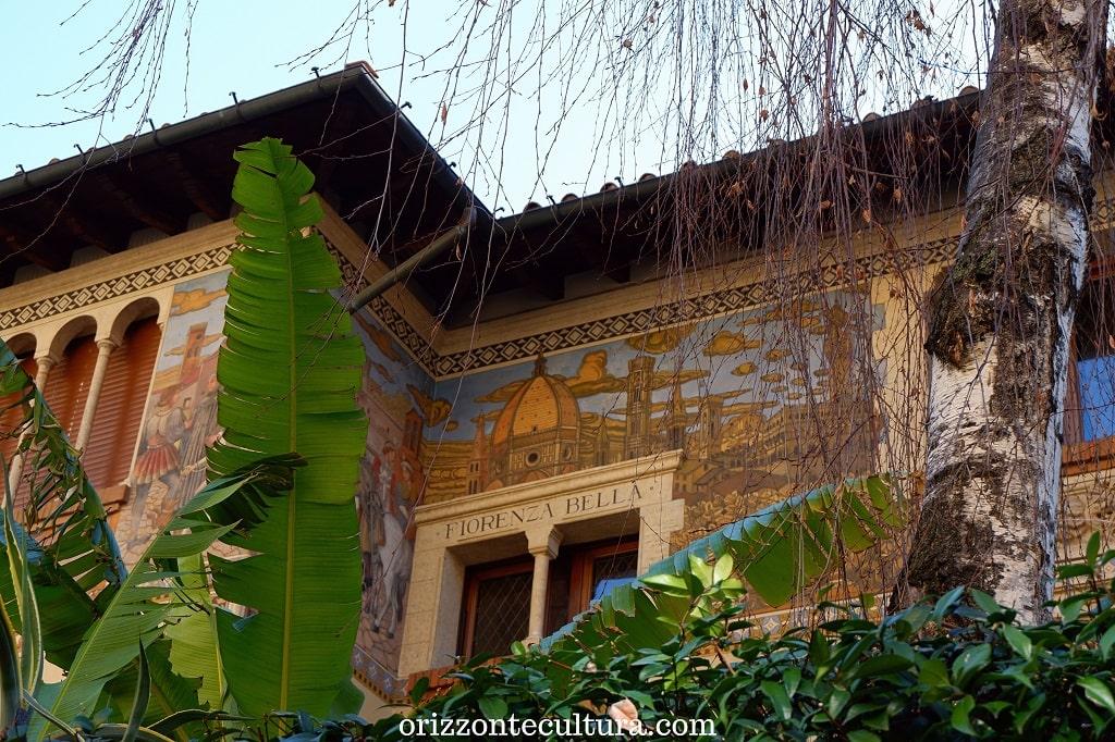 Dettaglio decorazione Villino delle Fate, quartiere Coppedè Roma storia curiosità