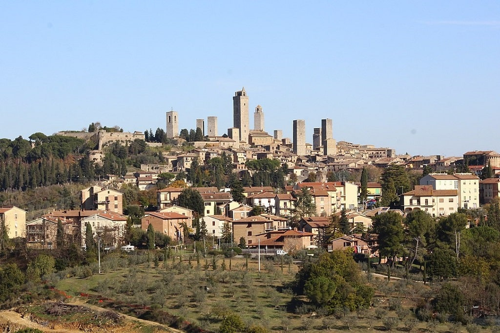 Veduta di San Gimignano, borghi toscana