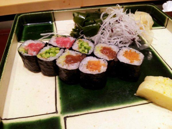 cosa fare a tokyo: un sushi da Ginza Kyubey, per esempio