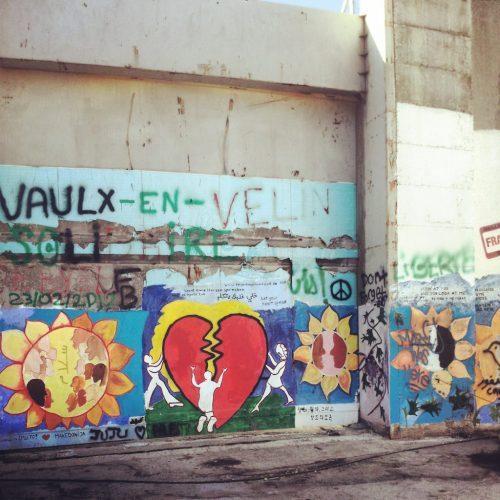 Altri graffiti sul muro di separazione (