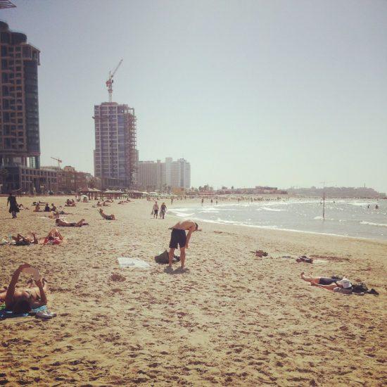 Cosa fare a Tel Aviv? La spiaggia e il mare sono splendidi