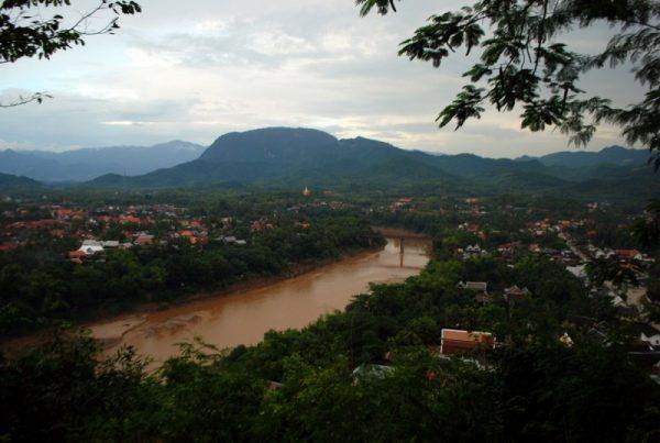 Il Nam Khan a Luang Prabang dall'alto