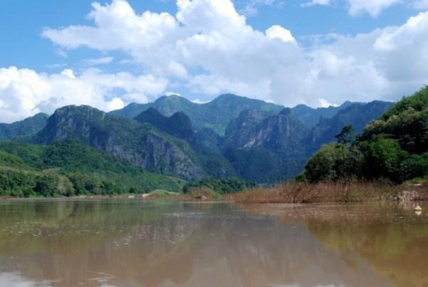 Montagne sul Nam Ou (foto di Patrick Colgan, 2014)